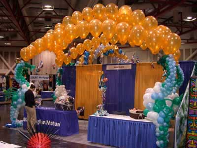 Balloon canopy & seahorse sculptures for show booth