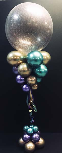 This 30 inch iridescent bubble decor balloon serves as a stunning area decoration for parties and large events.