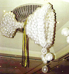 This six foot tall champange glass of clear and silver balloons is a great focal decoration for New Year's celebrations