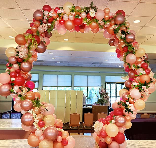 Balloons Bouquets And Creative Event Decorations For The