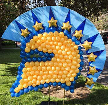 Polka Dot Bubble Centerpieces This Six Foot Tall San Jose State University Spartan Logo Was Created For A Student Event